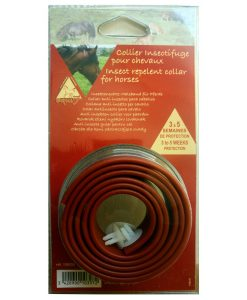 Single pack fly repellent collar